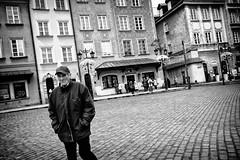 A cold December day (michael.mu) Tags: leica winter blackandwhite bw monochrome 35mm streetphotography poland polska warsaw warszawa m240 placzamkowy leicasummicron35mmf20asph silverefexpro leicasummicronm1235mmasph