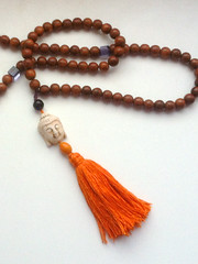 Mala (gifrancis) Tags: wood orange glass beads purple buddhist rosary mala tassel rosewood malabeads howlite