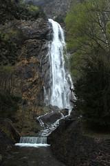 Pissevache (bulbocode909) Tags: nature eau suisse vert arbres cascades printemps valais montagnes vernayaz pissevache forts