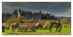 Arundel Castle (go18lf2004) Tags: light castle sussex countryside tourists arundel