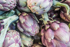 20160420 Provence, France 02476 (R H Kamen) Tags: food france purple vegetable cassis artichokes foodmarket bouchesdurhne provencealpescotedazur largegroupofobjects provencealpesctedazur highangleview rhkamen
