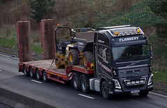 Flannery Plant Volvo FH13 KM14OXR (andyflyer) Tags: truck transport lorry flannery a90 haulage hgv roadtransport volvofh fh13 km14oxr flanneryplant