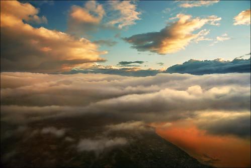 Sky above Geneva lake