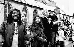 together (la_imagen) Tags: street carnival people blackandwhite bw blackwhite streetlife lindau menschen sw bodensee insan fasnet sokak lakeconstanze siyahbeyaz lagodeconstanza streetandsituation lagodiconstanza laimagen lindauimbodensee