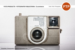 radiant 126 (Fabio Téllez) Tags: camera studio advertising photography photo foto estudio ecommerce productos fotografía cámara publicitaria fotoproducto fabiotéllezphotography