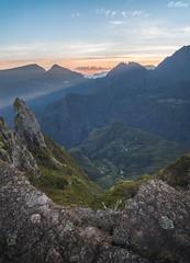 Sunrise au Maido (F.L Photography) Tags: sun sunrise soleil lareunion iledelareunion sigma1020mm lev maido reunionisland 974 canon50d ltflorentphoto ltflorent