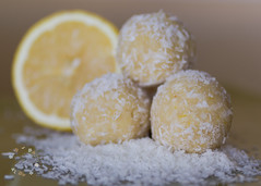 Lemon Coconut 'Roons (lit t) Tags: diy lemon healthy raw candy coconut naturallight treat paleo nobake knockoff week6 canon60d cocoroons terridoaktaylor dogwood52