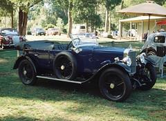 Cute blue car (Matthew Paul Argall) Tags: cars car classiccar 110 classiccars bluecar 110film minolta110zoomslrmarkii