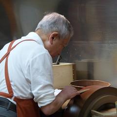 Kyoto 2016 (outrelenoir) Tags: japan kyoto knife apron japon artisan tablier marsala craftman geste chemiseblanche coutelier legance