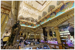 Harrods Shop London (vazyvite) Tags: london shop europe britain great style harrods egyptian londres angleterre british dcor anglais gyptien