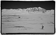 Into the white (t'ma) Tags: montagna tma abruzzo mountainsnaps