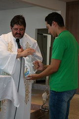 07_fev 2016 BatizadoLvia (73) (Julio Fernandes de Almeida) Tags: sofia ivan batizado henrique parquia zenaide socristvo lvia batismo calau tathiane