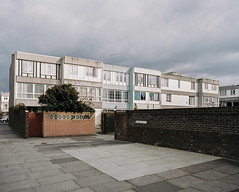 * (jubalharshaw) Tags: london 120 film lens estate pentax takumar kodak wide social 55mm 400 housing medium format 1960s 6x7 southeast smc portra f4 brutalism modernist regeneration thamesmead southmere mediu
