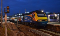 43049 (with 43257 leading) 1E03 05:26 Stirling - London Kings Cross; Stirling; 22-04-2016 (graeme8665) Tags: stirling eastcoast hst virgintrains eastmidlandstrains