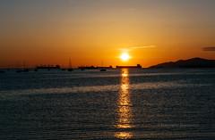 Light patterns (Francesco Patroncini Photography) Tags: sunset sun canada beach water vancouver reflections boats seaside nikon tramonto mare dusk britishcolumbia streams riflessioni nikond5300