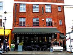 Portobello gold (Draopsnai) Tags: bar hotel pub nottinghill brasserie portobelloroad kensingtonandchelsea portobellogold londonboozer traditionalbritishpub