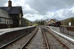 Glyndyfrdwy Station. (Mat Price) Tags: tracks dpp platforms llangollenrailway canon1740mm preservedline glyndyfrdwystation canon70d