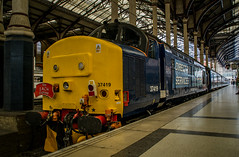 37419 - 1G04 - London Liverpool Street - 30.04.2016 (Tom Watson 70013) Tags: street charity tractor london set train liverpool tour diesel rail railway short greater express each services stratford direct anglia drs class37 37405 37419 1g04 1g03