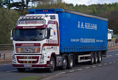 V G Mathers Volvo FH M40VGM on the A90, Dundee, 2/5/16 (andyflyer) Tags: truck transport lorry a90 haulage hgv volvofh roadhaulage vgmathers m40vgm roadtramsport vmathers
