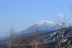 AM 11:08 / Mt.Iwate AM 11:08 (shig.) Tags: mountain field canon landscape eos eagle outdoor hill peak ridge iwate mountainside grassland mtiwate foothill arete 70d