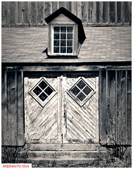 Weathered wood (DelioTO) Tags: ontario canada architecture rural blackwhite spring woods doors trails april historical 4x5 toned schneider lensed 210mm autaut aph09 panx64