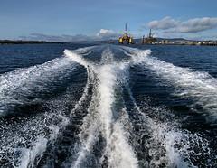 Leaving Invergordon (ccgd) Tags: boat wake rig oil cromarty pilot firth cfpa
