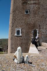 Fantasmn y Fantasmn (Marmotuca) Tags: castle lego feria castelo fantasma castillo fantasmas castillodeferia
