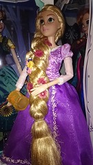 Tangled (AngelShizuka) Tags: anna frozen store doll dolls disney le merchandise merch limited edition rapunzel fever tangled