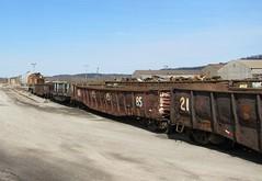 Koppel Steel 081 (Fan-T) Tags: mill 21 pennsylvania steel 25 gondola sw bnsf switcher koppel emd ple