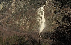 avalanche (bulbocode909) Tags: nature suisse hiver neige valais fully ravines montagnes avalanches couledeneige