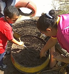 12491914_721463757990936_8865340737699692004_o (dernst) Tags: garden preschool huerta preescolar