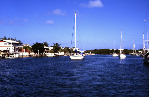 "Bahamas 1989 (444) Abaco: Hope Town, Elbow Cay • <a style=""font-size:0.8em;"" href=""http://www.flickr.com/photos/69570948@N04/24510491989/"" target=""_blank"">View on Flickr</a>"