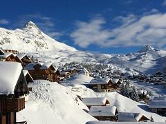 Bettmeralp (ISO 69) Tags: schnee winter snow mountains alps schweiz switzerland suisse berge elements alpen wallis valais aletsch bettmeralp aletscharena