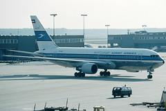 Kuwait Airways Boeing 767-269ER 9K-AIB (c/n 23281) (Manfred Saitz) Tags: airport frankfurt kuwait boeing airways fra 767 b767 rheinmain eddf 762 767200 b762 9kreg 9kaib