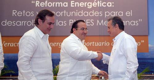 El gobernador Javier Duarte asistió a la Ceremonia de Inauguración del Primer Foro Nacional del Petróleo-COPARMEX 2015