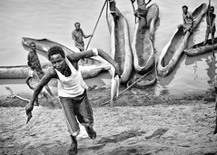 OMO RIVER (daniele romagnoli - Tanks for 12 million views) Tags: africa travel bw river monocromo nikon fiume tribal tribes afrika omovalley ethiopia tribe bianconero biancoenero tribo ethnicity afrikan d800 afrique tribu africano omo thiopien etiopia  etnico ethiopie africani etnia tribale  ethnique etnias  omorate etiopija omoriver  tribali  dassanech etiopien  etiyopya         dasanech valledellomo   romagnolidaniele       omorati