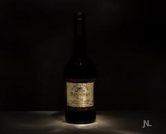 Packshot lighpainting bouteille de vin (Janick Norman Leroy) Tags: light lightpainting canon pose painting table 50mm bottle paint noir shot wine pack packshot vin bouteille produit lightpaint longue baronnies