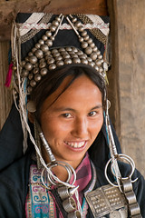 Akha beauty 2 (Laura Jacobsen) Tags: laos hilltribe akha phongsaly phongsali akhanoukouy