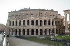 Di Marcello (luisetegt) Tags: roma teatro teatrodimarcello teatroromano imperioromano antiguaroma teatrodemarcelo palacioorsini palaciosavelli