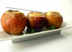 Do you like........??....... Moi, oui.. :)) (BabiAna....) Tags: food cooking kitchen fruits dessert cuisine homemade apples cucina pomme gourmandise macrodesserts