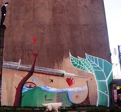 "La sangre de los caidos en ""democracia""... (Felipe Smides) Tags: chile naturaleza streetart calle mural protesta sur sangre pintura valdivia mapuche mapu muralismo smides felipesmides"
