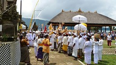 2014 Bali  (151) (llynge) Tags: 2014 bali ulundanu tempel