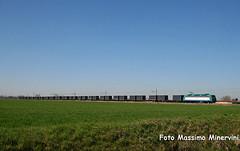 Brennero?NO,Pianura Padana (Massimo Minervini) Tags: rail cargo containers railroads cremona trenitalia ferrovia ecs trenomerci e405 sansavino canon400d lineamantovacremona