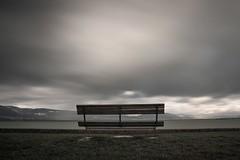 ... (6line8) Tags: longexposure bench banc expositionlongue lacdeneuchtel greyfilter filtregrisneutre