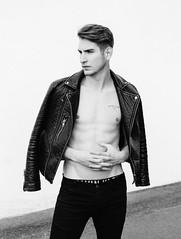 Photo Shoot : Daniel (jkc.photos) Tags: shirtless portrait man male model photoshoot body physique