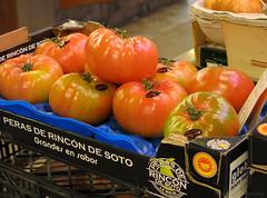 Giant tomatoes (elianek) Tags: barcelona macro nature fruits vegetables spain espanha market natureza tomatoes bcn tomates feira mercado catalunya boqueria legumes