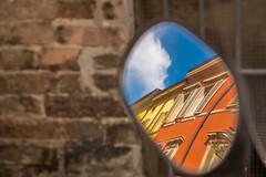 La finestra di fronte ;) (VirgoPh) Tags: blue orange mirror frame parma riflessi specchio cornice reflexes