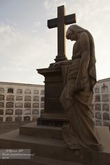 La pena _0296 (Marcos GP) Tags: peru arte lima tumba estatua cripta marmol mausoleo funerario marcosgp