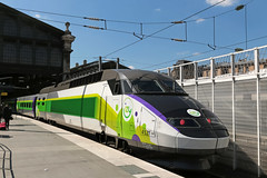Gare du Nord - Paris (France) (Meteorry) Tags: railroad paris france green station train europe ledefrance gare railway vert april alstom garedunord trainspotting idf highspeed sncf thalys 2016 reseau parisien chemindefer lowcost meteorry izy pno alsthom tgvreseau ouigo