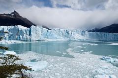 Arena de hielo - Ice sand (pdelaignorancia) Tags: santacruz argentina lago hielo glaciarperitomoreno losglaciaresnationalpark parquenacionallosglaciares
